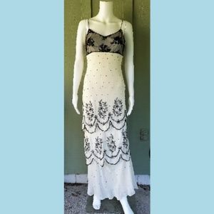 SUE WONG Ivory Silk Black Beaded Formal Gown 6